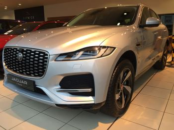 Jaguar F-PACE Stock cars available Immediately with all models available for early delivery.  image 2 thumbnail
